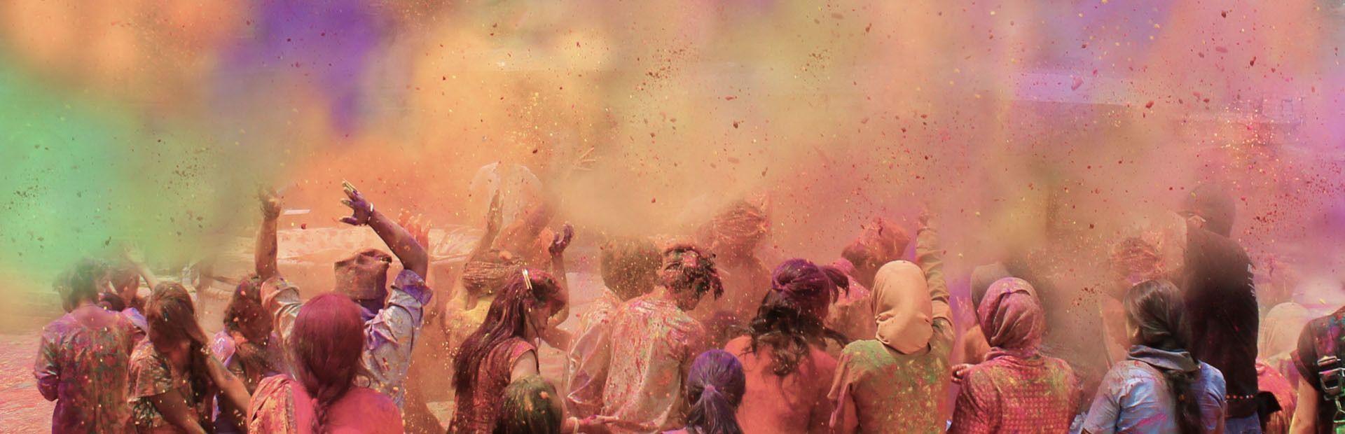 India: i colori dell'Holi Festival