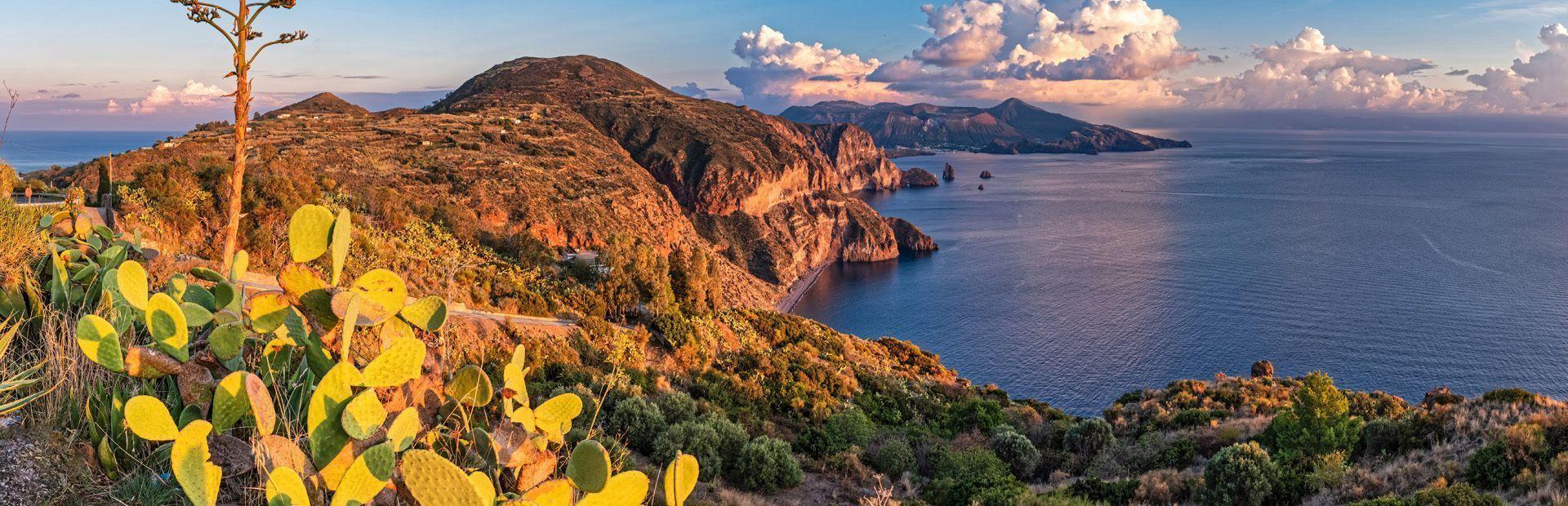Isole Eolie: Lipari e le perle vulcaniche del Mediterraneo